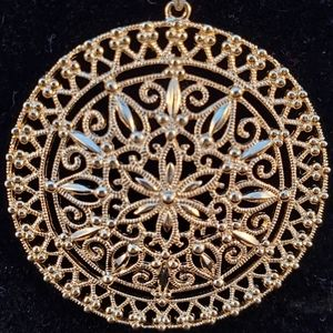 Jewelry - Gold over sterling silver medallion pendant